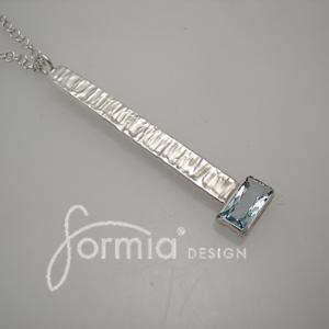 Aquamarine hammered pendant