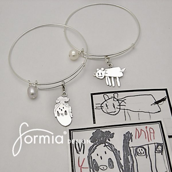expandable-bracelet-with-kids-drawing