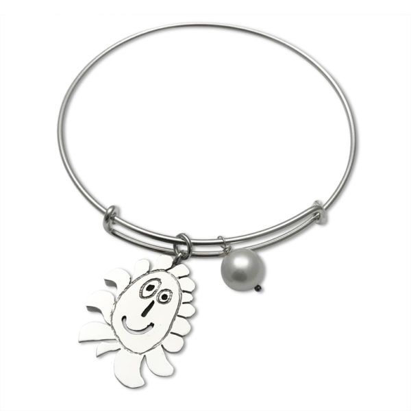 expandable bracelet with white pearl and special made charm from your art