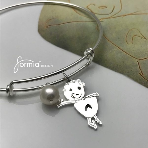 sefl-portrait-charm-on-exapandable-bracelet-and-white-fresh-water-pearl
