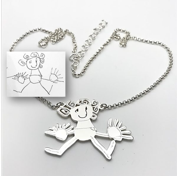 Attached pendant necklace with rolo chain girl with curly hair