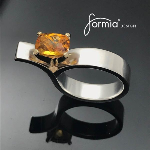 Asymmetrical-Yellow-Citrine-–-Yellow-gold-prong-setting-with-cushion-cut-citrine