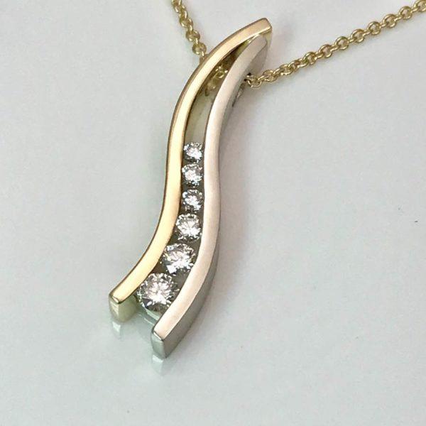 Channel diamonds Pendant S shape combination pendant two color gold