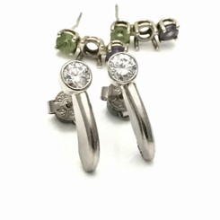 Different diamond stud earrings redesign with customers diamonds