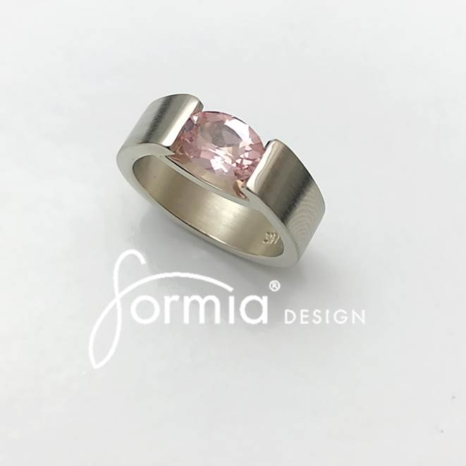 smile ring with oval morganite light pink in sterling silver